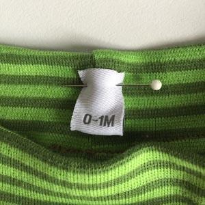 etiquette-taillee-detail-pantalon-bebe-namensbaender